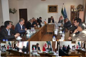 دیدار اعضای شورای سیاستگذاری فیلم کوتاه مهر سلامت با مدیرکل صدا و سیمای مرکز اصفهان